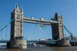 O que é bom dura pouco! É hora de dar adeus aos famosos aros na Tower Bridge...